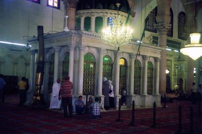 Часовня Иоанна Крестителя внутри мечети Омейядов