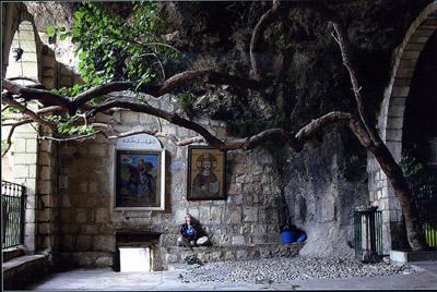 Маалюле. Монастырь первомученицы Феклы